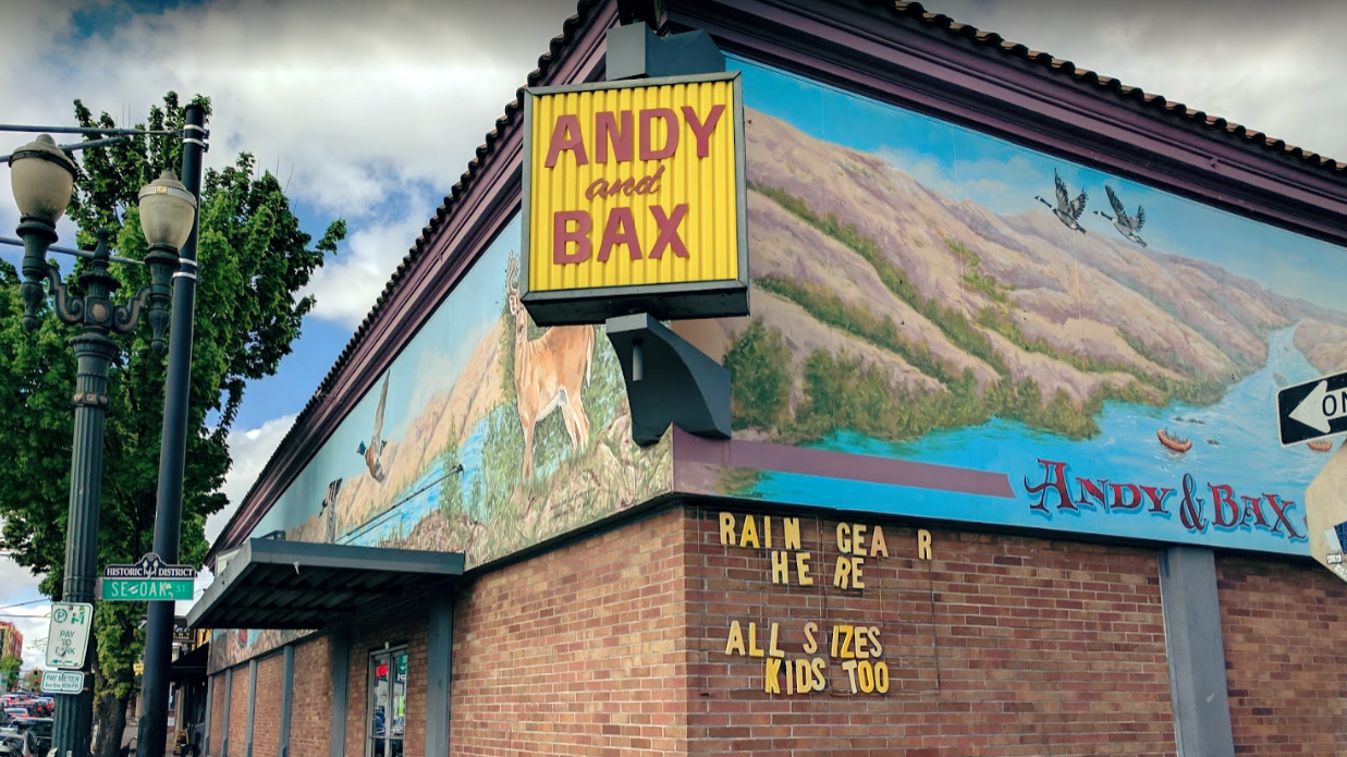 Andy & Bax 130' mural in the Portland's Eastside Historic District